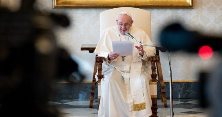 """""""Padre Nuestro"""". 25 de marzo a mediodía todos los cristianos rezan contra la pandemia."""
